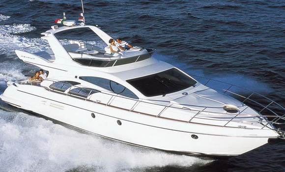Azimut 50 Luxury Yacht on Hire in Mumbai