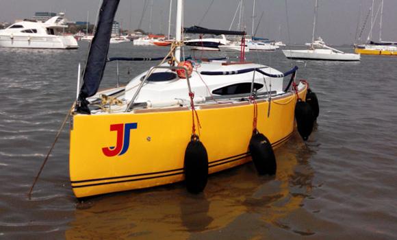 JJ Cabin Sailboat on Charter in Mumbai